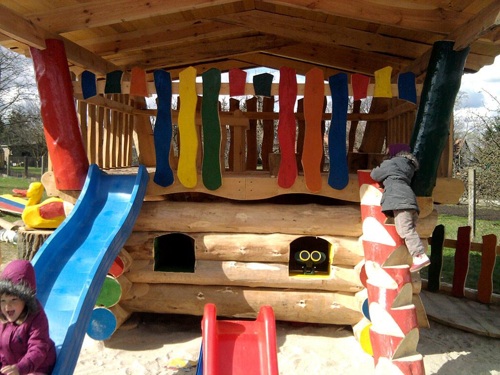 Blockhaus-Spielplatz, Sonnewalde, Deutschland, 2012